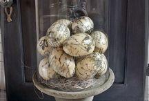 Pasen decoraties / Easter decorations / Decoraties voorjaar / pasen, paaseieren gedecoreerd.