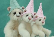 Pipkins Bears - Elves