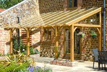 Outside space / Lean to pergola