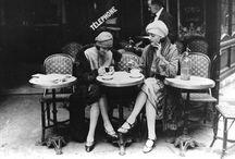 À Paris dans chaque... café