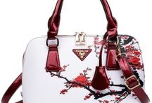 Red Rules with Hanbags / Beautiful red handbags and other bags