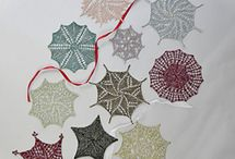 A Universe of Snowflakes / 11 Sparkling Snowflakes to knit in Universal Yarn Universe