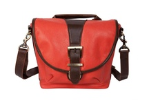 Riva / http://camerahandbags.co.uk/#/riva/