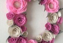 Virágos betűk