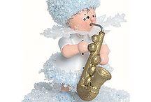 Kuhnert Schneeflöckchen / Freunden Sie sich mit den quirligen, vergnügten Schneeflöckchen aus dem Hause Kuhnert an. Die niedlichen Gesellen fühlen sich in Ihrem Zuhause bestimmt wohl und bringen winterlichen Spaß in Ihre vier Wände.