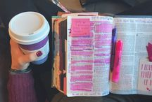 Bible Pages / I'm someone that really enjoys looking at other people's Bible. It really inspires me.