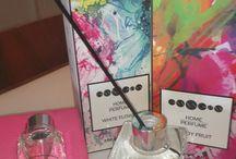 Essens Home Perfume / Jedinečné parfémy Home Perfume firmy Essens v elegantních aroma difuzéru. provoní váš interiér. Požádejte si o informace jak nakupovat levněji - www.essensclub.cz