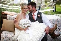 Wedding Photo Ideas / by Jade Comstock