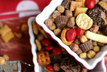 Sweet and Salty Snack Mixes / Snack Mixes / by Wendy Garner