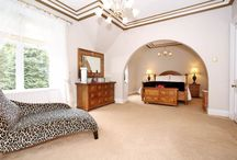 Beautiful Bedrooms / Discover our favourite bedroom décor and design ideas.