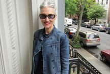aging gracefully / stylish and confident at any age