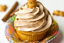 Lovin' Cupcakes / by Norma Joiner