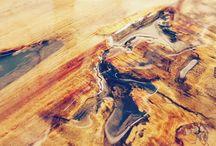 wood italian design xlab tronco decorato con resina epossidica / Decorazione con resina eposidica per colata, un tronco in legno centenario. Lavorato a mano dagli artigiani XLAB La fabbrica delle idee. Scopri tutte le soluzioni online www.xlab.design