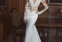 Wedding dresses,Cakes etc / by Petra Lyons