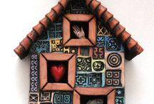 House... Mixed media / Iseas