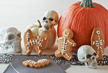 holidays-Halloween / by Elaine Laws