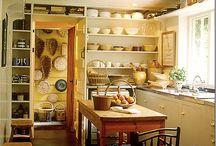 English Homes / Pantry & kitchen design