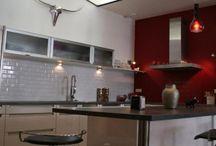 Autour de la cuisine / Kitchen ideas / La décoration de la cuisine : idées de couleurs, styles et matériaux, objets et accessoires