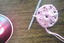 crochet qb, chalina triangular / chalina crochet qb triangular color rosa en hilo de algodón