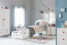 Children's bedroom decor
