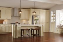 Kitchen Islands / Kitchen islands provide added storage and functionality to a kitchen. #prescottkitchens www.prescottkitchens.com