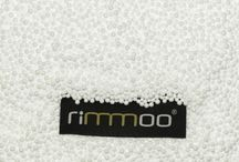 Náplň rimmoo / Sedací vak može byť naplnený jedine polystyrénovými guľôčkami (EPS). Keď guľôčkami tak kvalitnými a zdraviu nezávadnými. No a keď spomíname kvalitu tak jedine náplň rimmoo. Samozrejme vždy s dobrou cenou :D