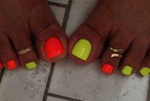 Toe Nails!