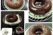 Homemade cakes & meals