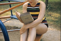 Kendte læser... / Kendte personer læser bøger