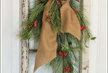 Christmas Decor Crafts / by Nicole Bacon