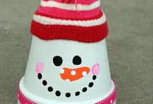 Christmas DIY Crafts / Christmas Projects, DIY Crafts, and fun Christmas recipes!  / by A Little Craft In Your Day