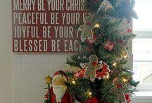 A Vintage Christmas / Something rustic , old and vintage. / by Esterlita B.