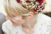 Coiffure mariage avec fleurs