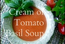 Foodie | Soups & Sauces / by Jen Owens