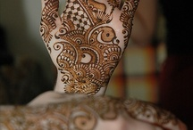 Henna-mehndi / by Desiree Jennings