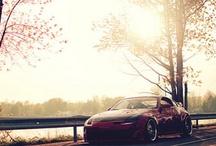 Τέλεια αυτοκίνητα και μοτοσυκλέτες