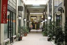 Pasaje Pan / Pasaje Pan es el nombre de una pequeña y antigua galería de la ciudad de Rosario, Provincia de Santa Fe, Argentina. Fue inaugurado en 1899, lo que lo convierte en la galería más antigua de la ciudad.  El proyecto edilicio del pasaje Pan pertenece al estilo ecléctico-académico.