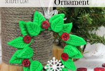 Crafty! Christmas Ornaments / I can't wait to try some of these for Christmas this year! Can you?