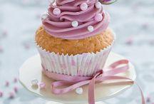 { cupcakes }
