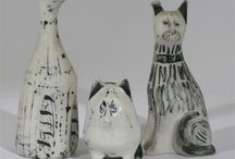 Susan Parkinson Ceramics / Charming and original pieces  by Susan Parkinson the British potter. Lovely pieces that are great representations of her drawings.