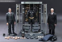 Action Figures / (Hot Toys, Sideshow vs.)