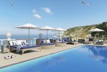 Seascape collection / Seascape или Морской пейзаж. Эта коллекция идеально дополнит и впишется в любой морской пейзаж, а в отеле с бассейном создаст атмосферу южного курорта. Сочетание синего с белым цветов на мягких частях мебели напоминают об отдыхе в райских уголках планеты.
