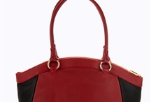 Handbags / For the love of handbags. you will find some gorgeous and great looking women handbags here.
