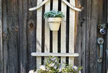 outdoor decor / by Holly Diekemper