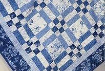 Blue & white quikt