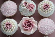 Cupcakes! / Because cupcakes!