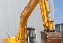 Utilaje constructii de inchiriat / Oferta curenta PVD Invest de utilaje constructii oferite spre inchiriere.