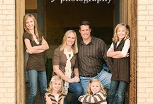 Family photos posing