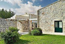 Kő épület, stone house