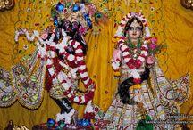 ISKCON Dellhi - Radha Parthasarathi / Beatifull Wallpaper of Radha Parthasarathi of ISKCON Dellhi maid by ISKCON Desiretree